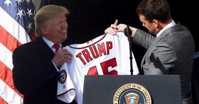 Donald Trump recibió en la Casa Blanca a los campeones Nacionales de Washington