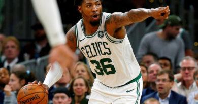 Marcus Smart, de Celtics, y dos jugadores de Lakers elevan a 10 positivos COVID-19