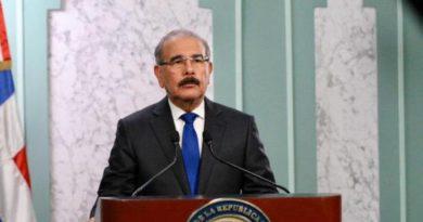 Presidente Medina extiende toque de queda hasta el 13 de junio