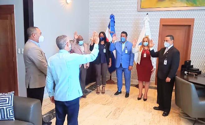 Manuel Jiménez juramenta Comisión de compras y contrataciones del Ayuntamiento SDE
