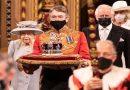 Isabel II reaparece para inaugurar la sesión parlamentaria