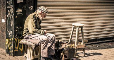 La ONU debe demandar a los gobiernos proteger a las personas mayores
